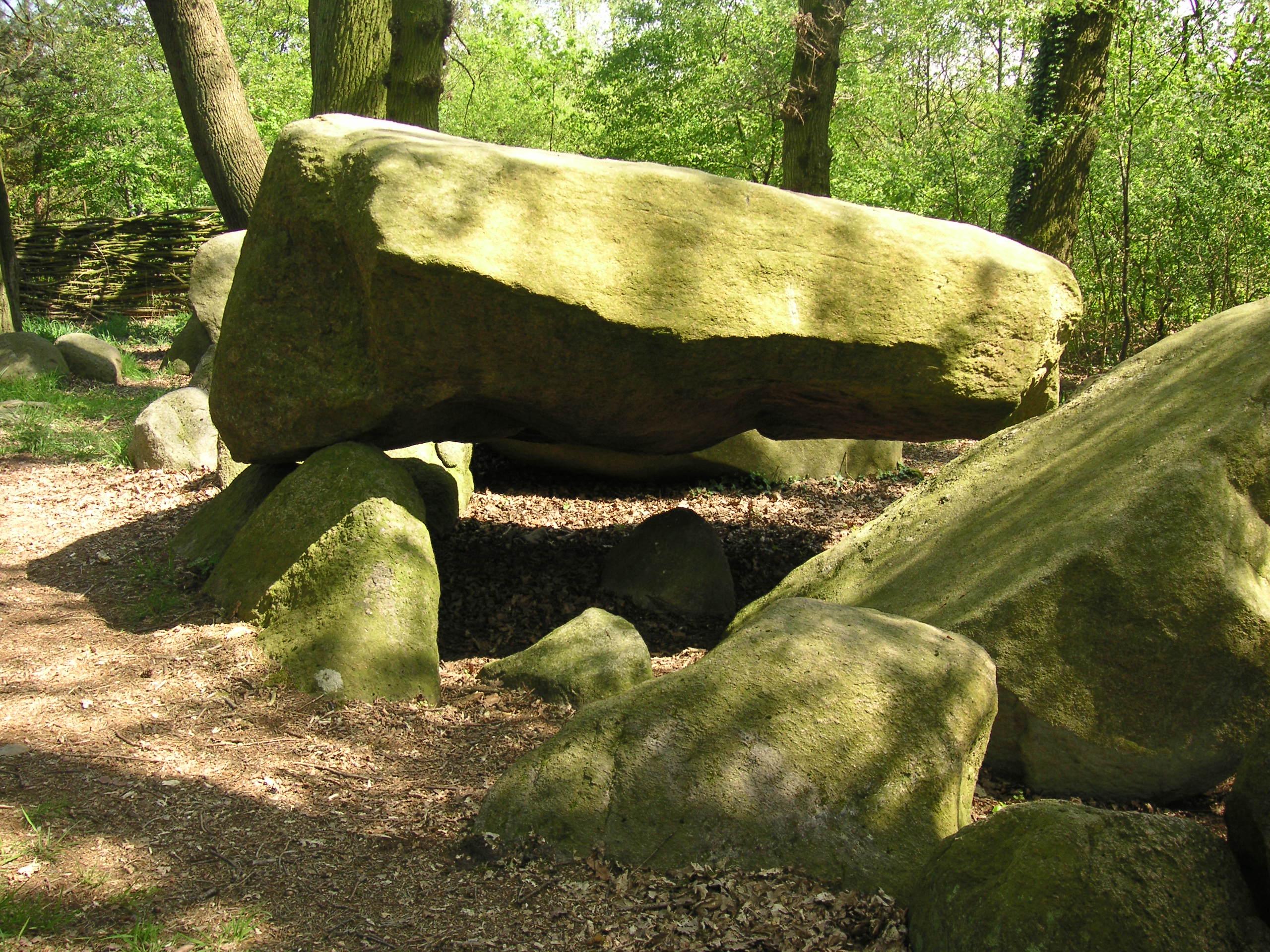 Die Darpvenner Hünensteine